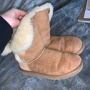 Bailey button uggs (Open to offers)